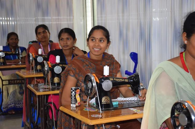 Trainees at the sewing machines